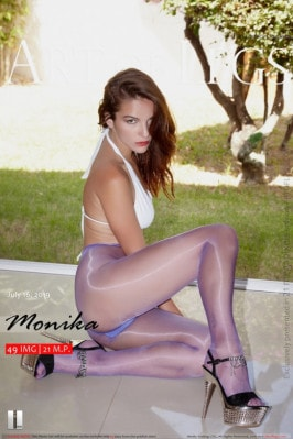 Monika  from ARTOFLEGS