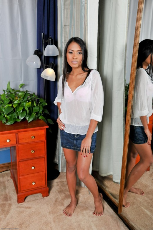 Sweet Mango in upskirts and panties gallery from ATKPETITES