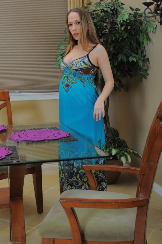 Jamie Elle in pregnant gallery from ATKPETITES