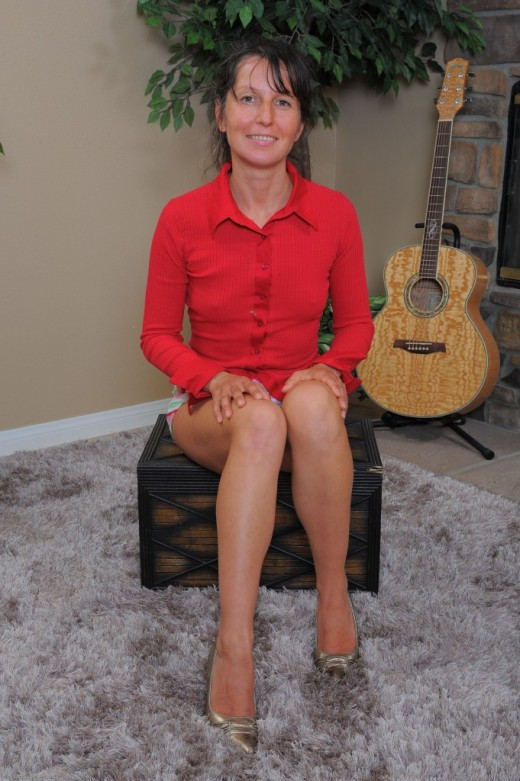 Oksana in mature and hairy gallery from ATKPETITES