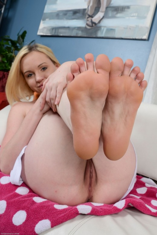 Miley Mae Foot Fetish Porno Torrent