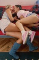 Young Lara Toying Her Girlfriend