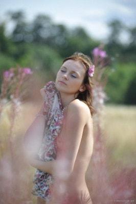 Nackt Chloe Smith  Chloe Grace
