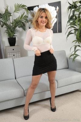 Chelsea Chamberlain  from ONLYTEASE