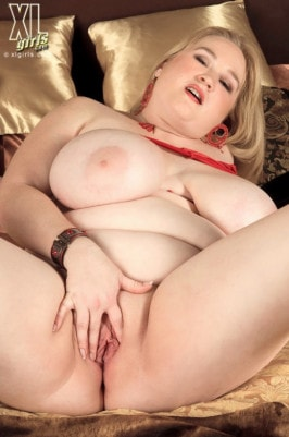 sex bbw fotos allysa andrews anal