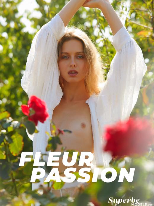 Amelie Lou in Fleur Passion gallery from SUPERBEMODELS