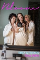 Emily Bloom & Kawaiii Kitten & HopelessSoFrantic in Group Selfies gallery from THEEMILYBLOOM