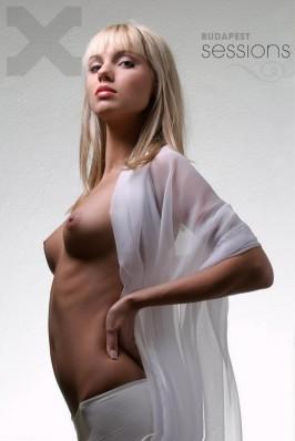 Demina nackt Régina  Stream Régina