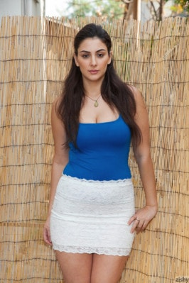Natali Gabban  from ZISHY