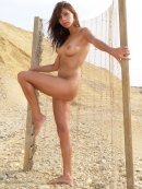Zuzana Gold in Excursion gallery from WATCH4BEAUTY by Mark - #9