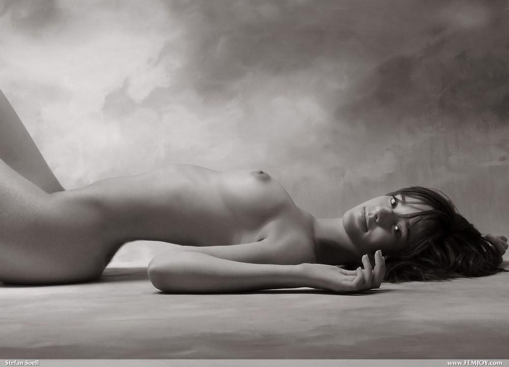 Sabrina Jales  nackt