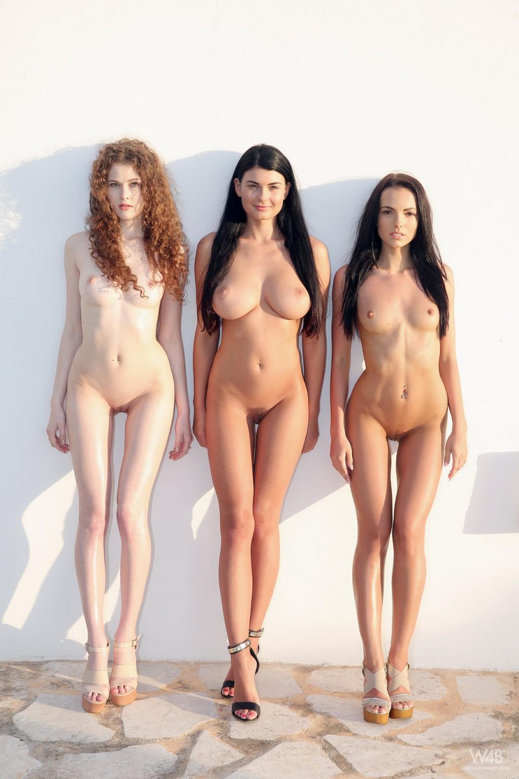 Die Euro-Süßen Sapphira, Lucy und Heidi zeigen ihre natürliche Schönheit im Freien