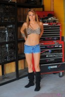 Laney Boggs in amateur gallery from ATKPETITES - #9