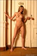 Juliette in Gilded gallery from MPLSTUDIOS by Lebedev - #9