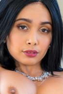 Aaliyah Hadid nude from Fuckingawesome and Wankzvr ICGID: AH-003NF