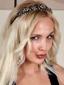 Skyler nude from Artofgloss and Artoflegs at umka-pnz.ru SX-00UX